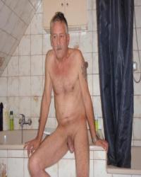 Schön warm im badezimmer